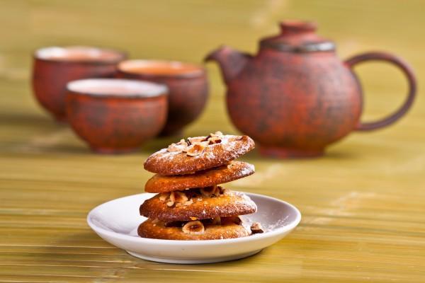 Печенье с орехами и медом