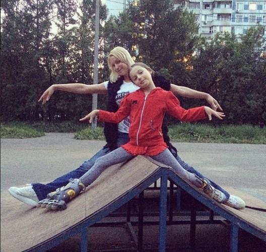 Ариадна Волочкова берет пример с мамы