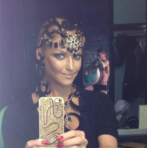Анастасия Волочкова готовится к съемкам