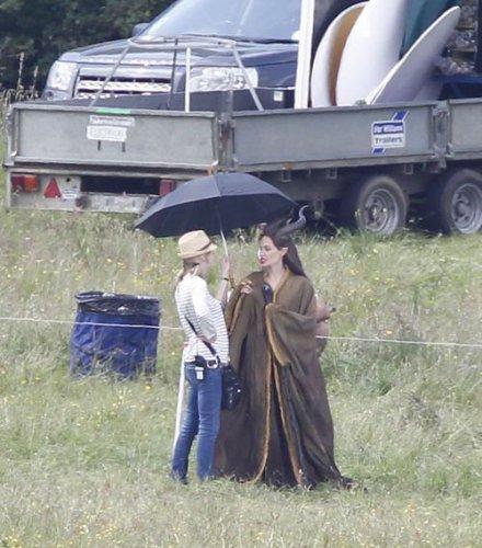Анджелина Джоли на съемках фильма Малефисент