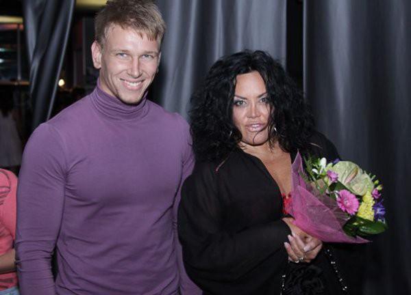 Оксана Байрак и ее молодой парень
