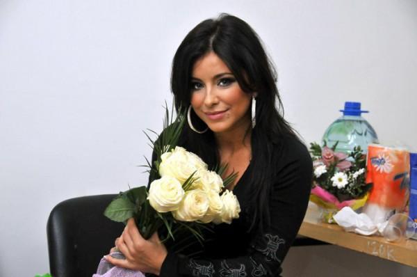 Ани Лорак получила от Ирины Билык ювелирное украшение
