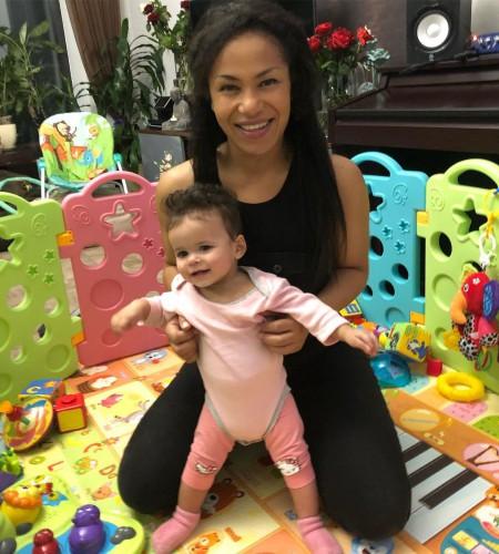 Гайтана показала подросшую дочь