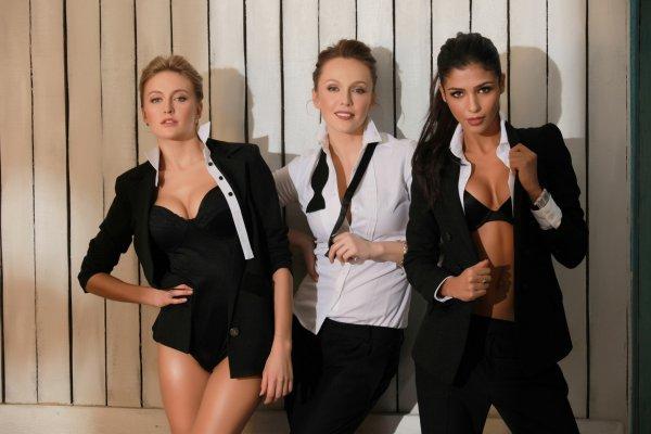Трио ВИА Гра в обновленном составе: Ева Бушмина, Альбина Джанабаева и Санта Димопулос