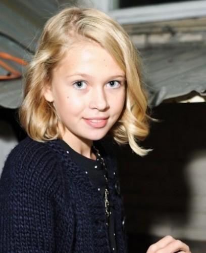 Юная дочь Веры Брежневой пытается жить взрослой жизнью