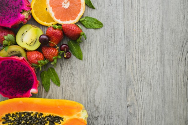 Калорийность фруктов колеблется от 30 до 70 ккал на 100 г