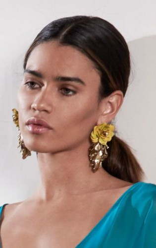 Самые модные украшения 2019: Фото тенденций весны