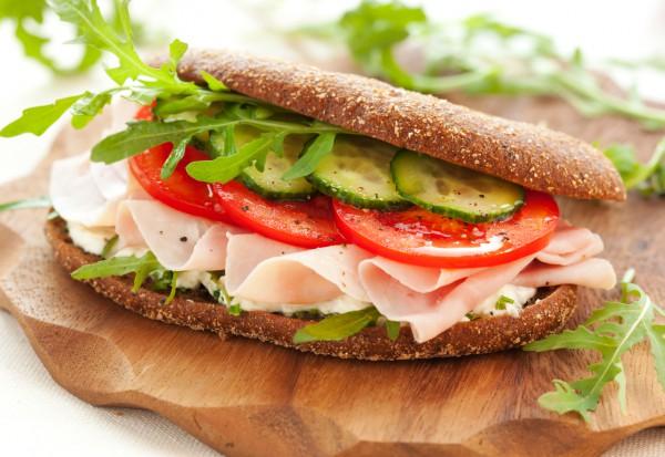 Блюда для пикника с фото: сэндвичи с ветчиной