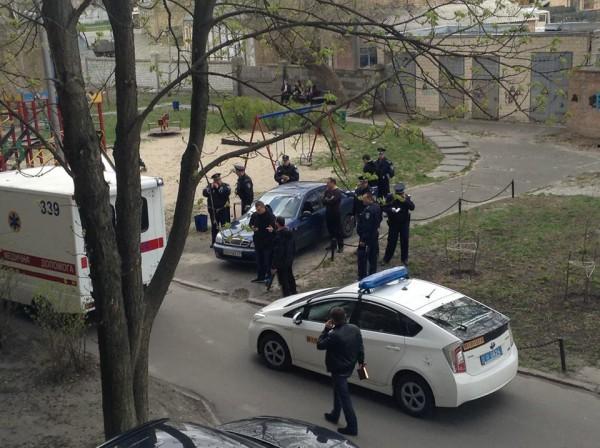 Убит Олесь Бузина: фото с места события