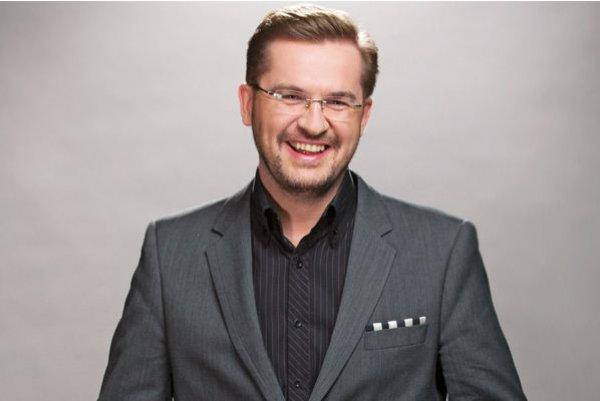 Биография Александра Пономарева