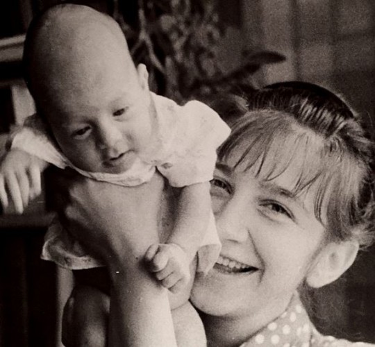 Ургант с мамой