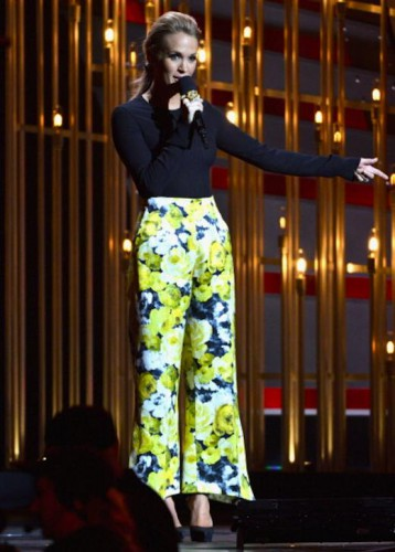 Певица Кэрри Андервуд в брюках и боди elenareva
