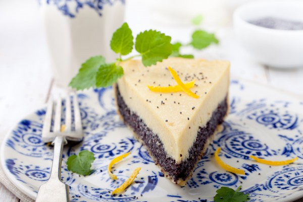 Пирог с маком, творогом и лимоном