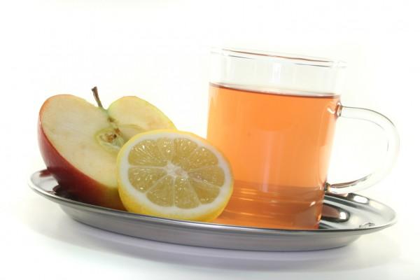 Рецепт                  Яблочно-лимонный напиток