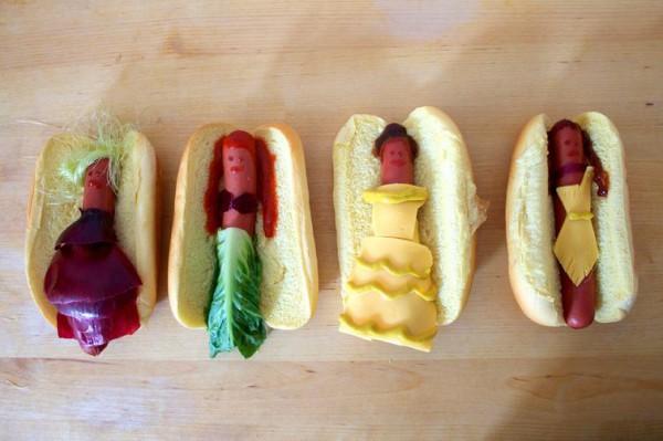 В самой обычной булочке для хот-дога спрятана одна из героинь диснеевских мультфильмов