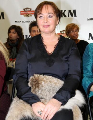 Лариса Гузеева избила женщину