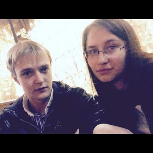 Сергей Зверев-младший со своей невестой Машей