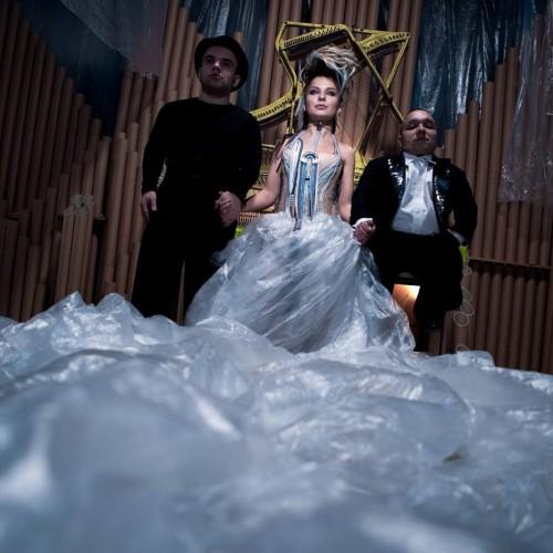Украинская певица KiRA MAZUR фото