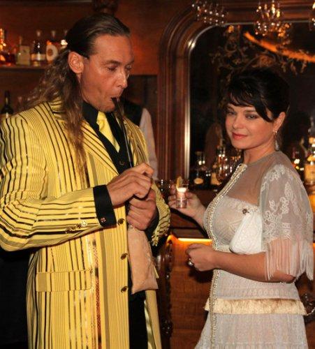 Сергей Глушко курил трубку, Наташа Королева – пила текилу
