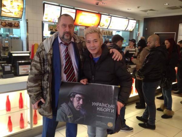 Украинский аналитик Роман Давиденко встретил в киевском фастфуде Олега Яковлева