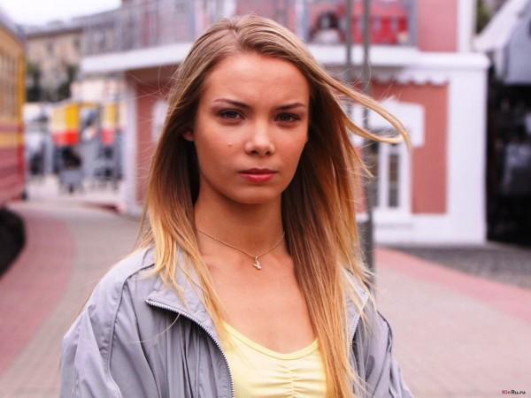 Ольга Арнтгольц променяла карьеру на семью