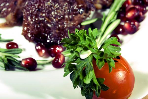Рецепт                  Запеченное мясо с гранатовыми зернами