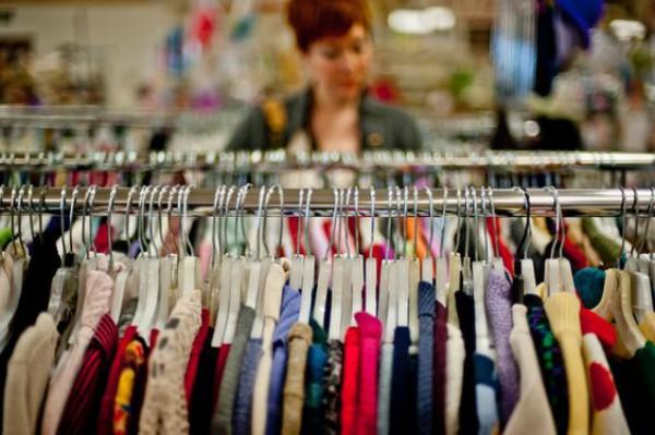 Секонд-хенд: Как с минимальным бюджетом обновить свой гардероб