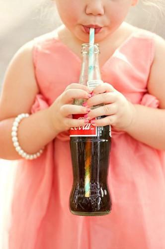 Как вредят детям газированные напитки
