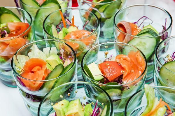Салат на 8 марта из лосося
