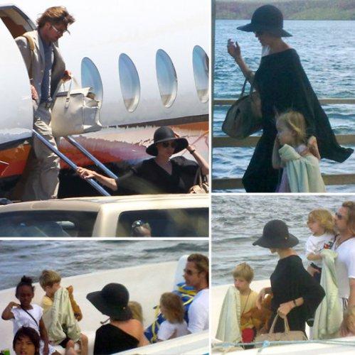 Брэд Питт и Анджелина Джоли с семьей на островах
