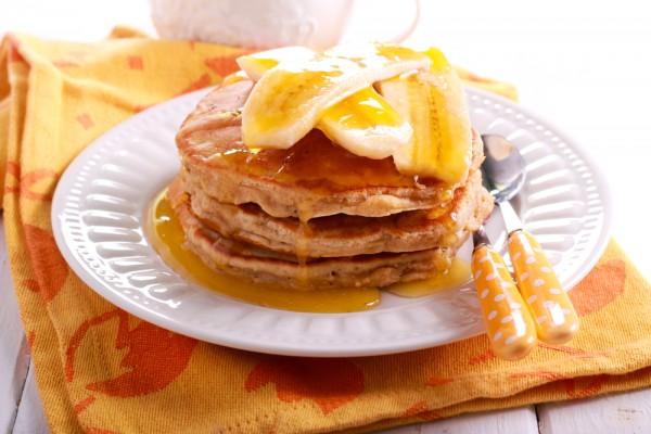 Постный завтрак: банановые оладьи