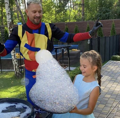 Лилия Ребрик ярко отметила 8-летие дочери Дианы