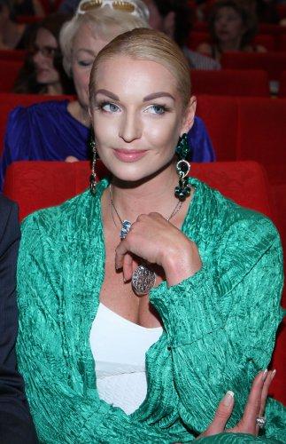 Анастасия Волочкова всегда была блондинкой