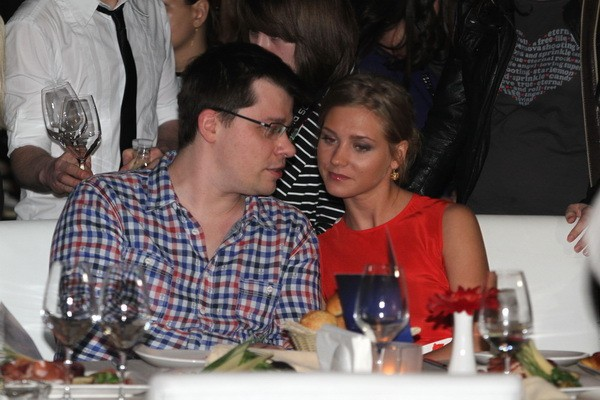 Кристина Асмус не хочет замуж за Гарика Харламова