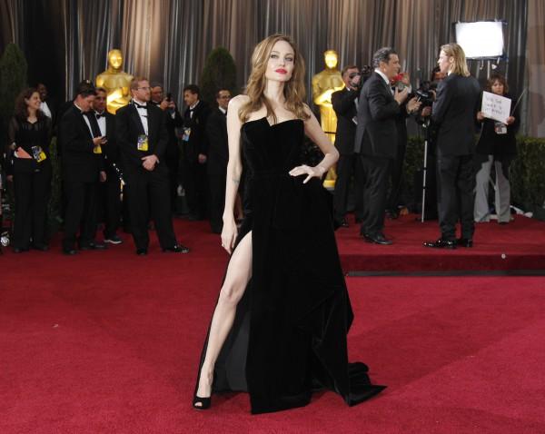Актриса Анджелина Джоли удивляет своей худобой