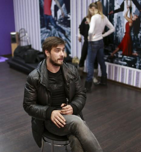 Андрей Царь работает на съемочной площадке проекта Диета на танцполе