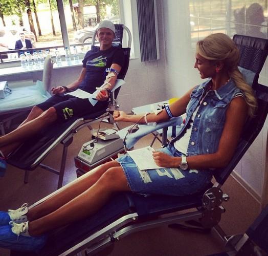 Ольга Бузова с мужем сдали кровь