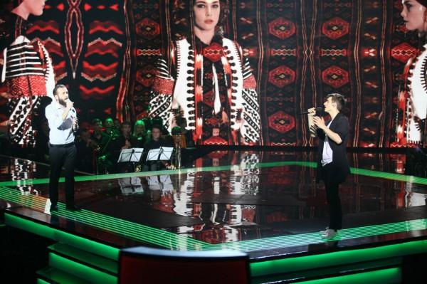 участники Голос країни Мебо (слева) и Андрей Лучанко