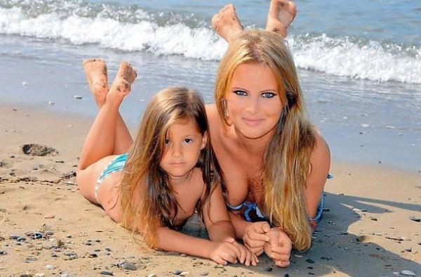 Дана Борисова с пятилетней дочерью
