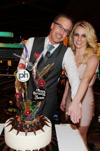 Бритни Спирс на вечеринке по случаю 40-летия Джейсона Травика