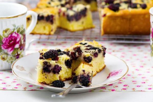 Что приготовить из шелковицы: Летний пирог с шелковицей