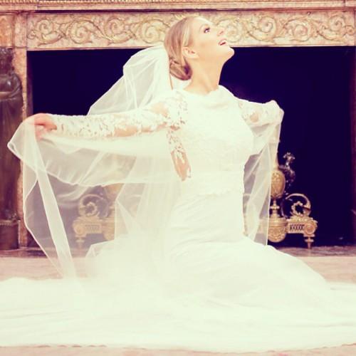 Мария Кожевникова показала свадебные фотографии