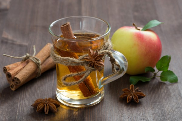 Согревающий яблочный напиток