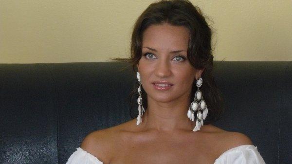 Татьяна Денисова работает на Танцуют все! в окружении одних мужчин