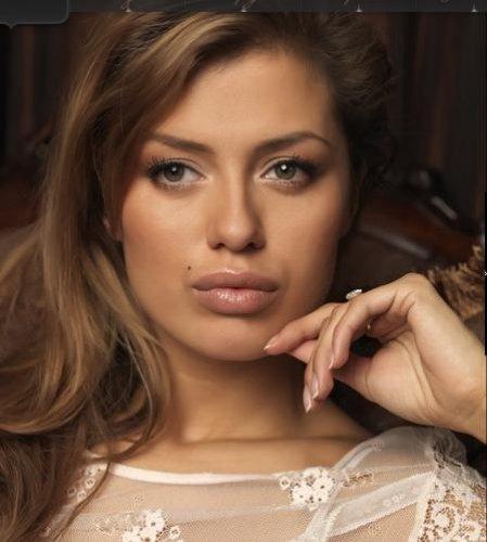 Виктория Боня выложила в свой блог снимок дочери