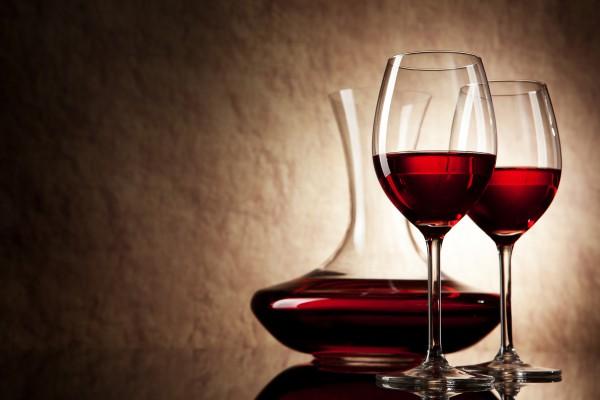 Рецепт                  Как готовить домашнее вино из черной шелковицы