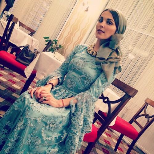 Сати Казанова примерила наряд невесты