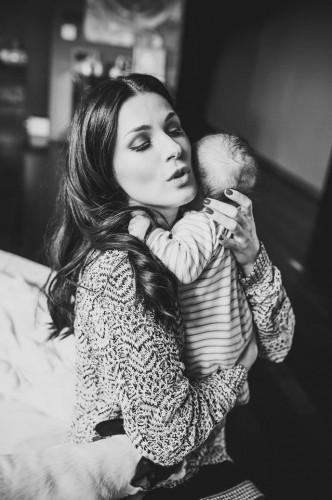 Маша Ефросинина поделилась своими наблюдениями о материнстве