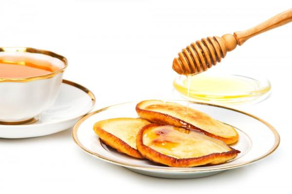 Оладьи на кефире с медом