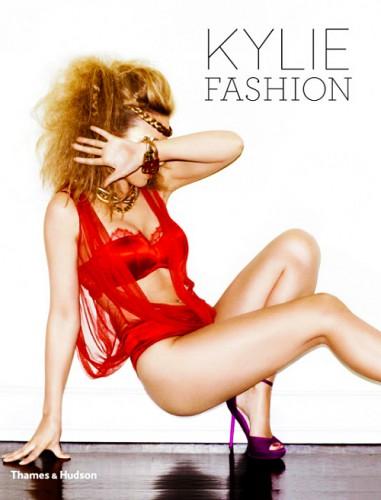 Предисловие к книге Kylie Fashion написал французский дизайнер Жан-Поль Готье